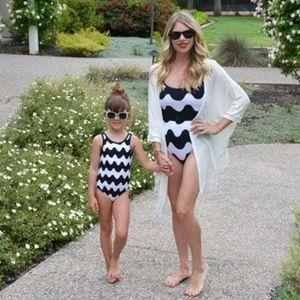 Merimekko Mother and Daughter Matching Swimsuits